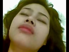 indonesian Girl Ria First Anal