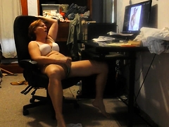 Horny mature wife drives herself to pleasure on hidden cam