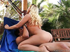 Stunning blond bitch Kagney Linn Karter poked hard by eager Tyler Nixon