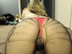 Hot Curvy Webcam Slut Does Great Show 6