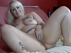 gorgeous chubby tattooed blonde